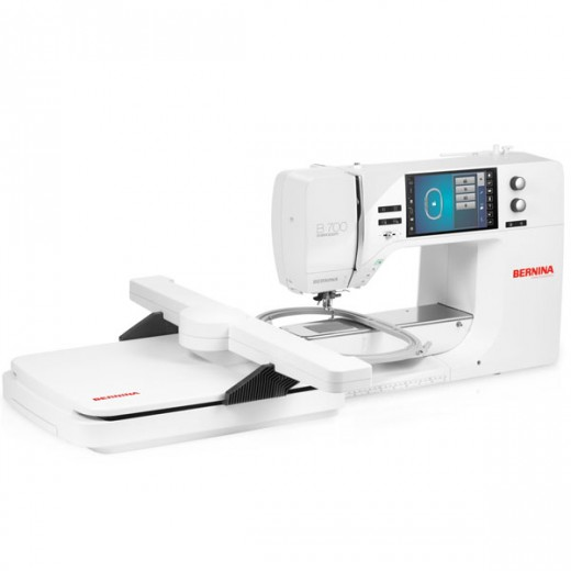 Bernina 700e Sewing Machine